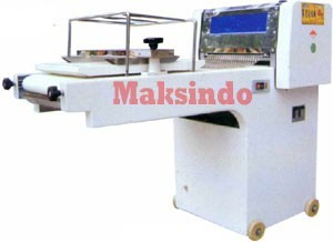 mesin-pencetak-adonan-roti-moulding